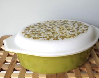 Pyrex 045 Olive Green Verde Baking Dish w/ Lid 2 1/2 QT