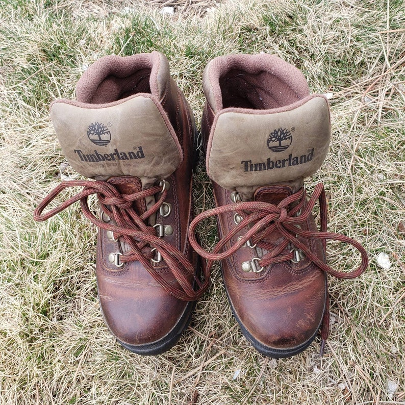 Vintage Women's Timberland Hiking Boots, 80s leather boots, lace up boots, vintage athletic shoes