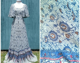 Vintage 70s Dress, bohemian maxi dress with flutter sleeves festival prairie hippie