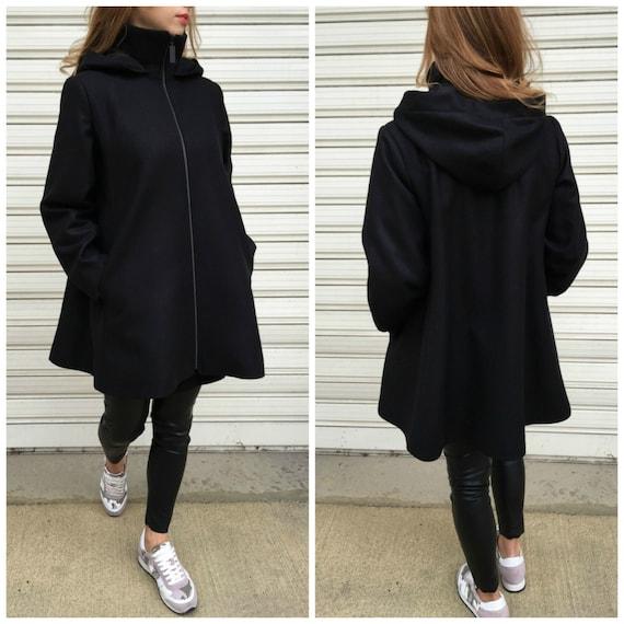 Schwarz Oversize Mantel mit Kapuze hoch Kragen Jacke aus   Etsy 777c6fbd64