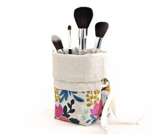 Travel Makeup Brush Holder in Rifle Paper Co. Les Fleurs Canvas