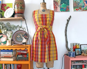 1970s Concept 70's multicolor SWIRL summer plaid dress. small-medium