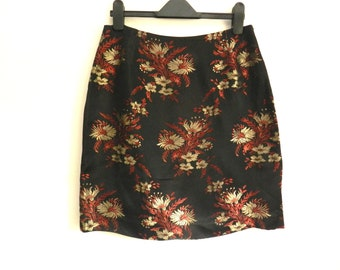 98f1a0a672 Vintage Oasis Pencil Skirt Black Gold Red Gold / Bronze Brocade Embroiderd  Japanese Style Oriental Made In England Waist 30
