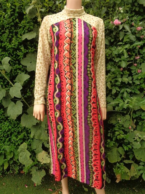 cotton fabric Indian vintage kaftan tunic burgundy white long sleeves size XL midi length floral ethnic print