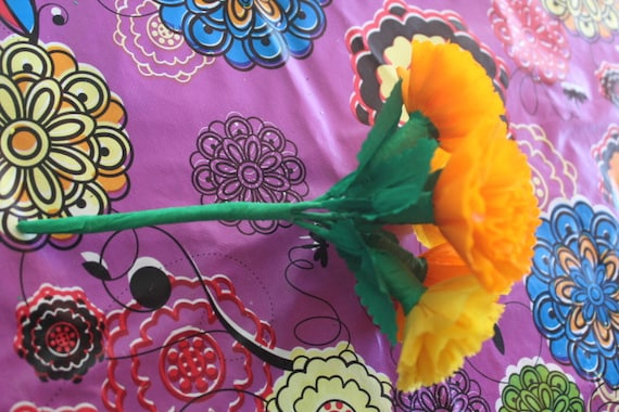 Crafts// Party Mexican Crepe Paper flowers Multicolor Bouquet of 6