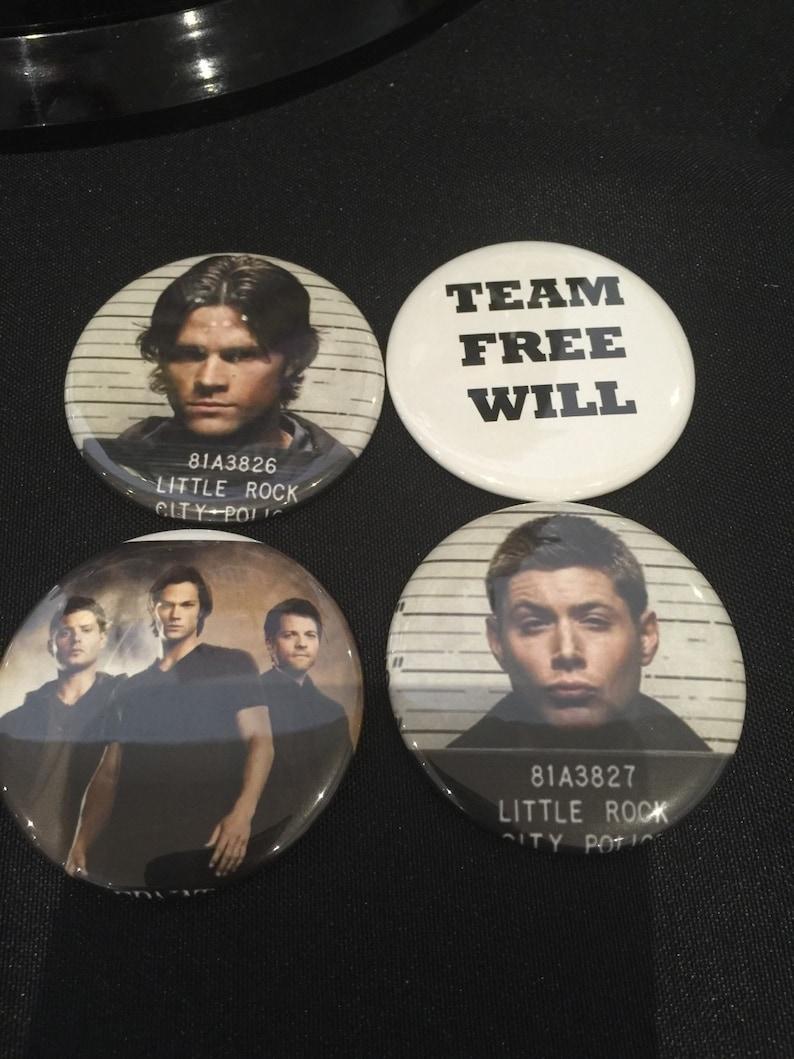 Team Free Will Magnet set