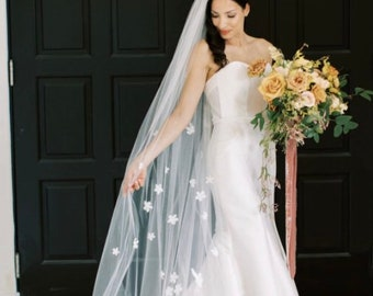 Flower Veil, 3D Flower Veil, Pearl Veil, Bridal Veil With Flowers, Flower Veil, Floral Wedding Veil, Wedding Veil with Petals- BE MY LOVE