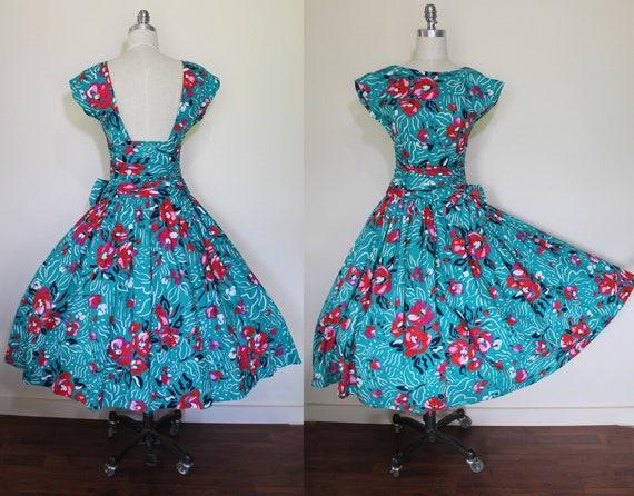 Vintage 80s does 50s Pin Up Dress / Full Skirt / 8