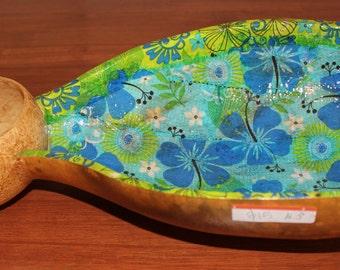 Hawaiian Gourd Chip and Dip combo