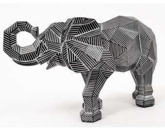Origami elephant statue in white and black resin, length 14'5 inches