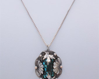 Sterling silver vintage pendant necklace, fine chain, scalloped sterling floral pendant, turquoise chips, India