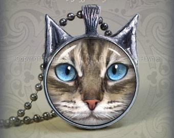 TBKG12 LYNXPOINT SIAMESE Cat pendant