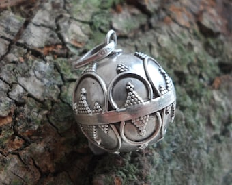Rajasthani Bell Tribal Pendant – Sterling Silver