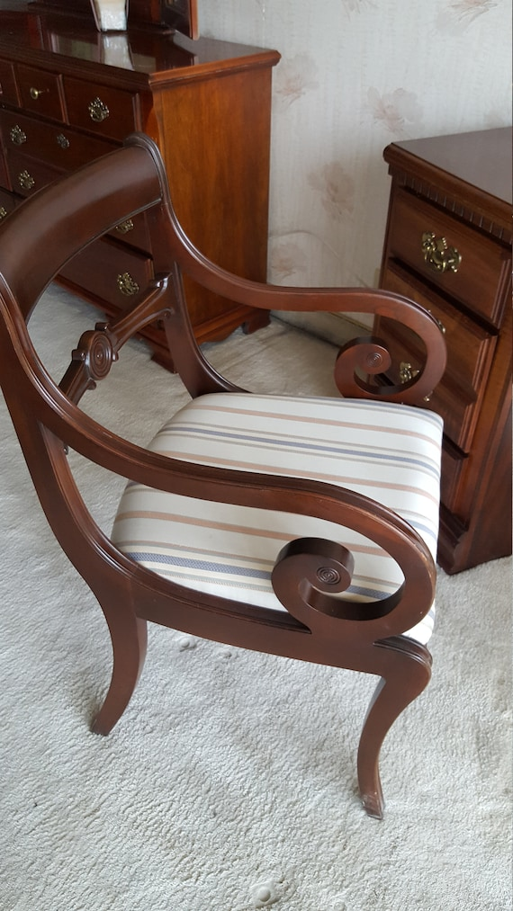 Brilliant Ethan Allen Chair Solid Wood Carved Scroll Arms Circle Upholstered Seat Mid Century Modern Saber Klismos Legs Open Back Dining Desk Chairs Unemploymentrelief Wooden Chair Designs For Living Room Unemploymentrelieforg