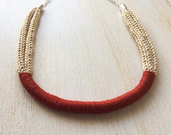 Knit Necklace Beige and brick