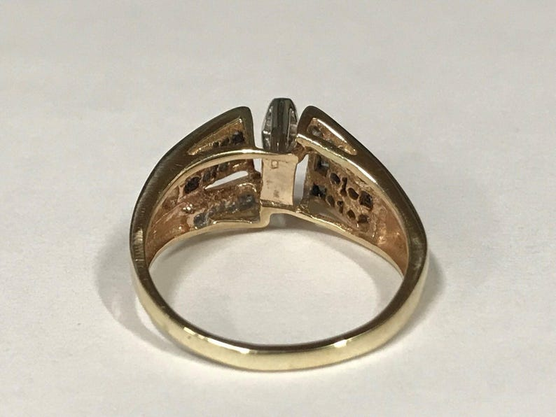 Beautiful 14k Yellow Gold Marquis Diamond Ring with Side Stones