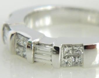 Beautiful 18K White Gold Diamond Band