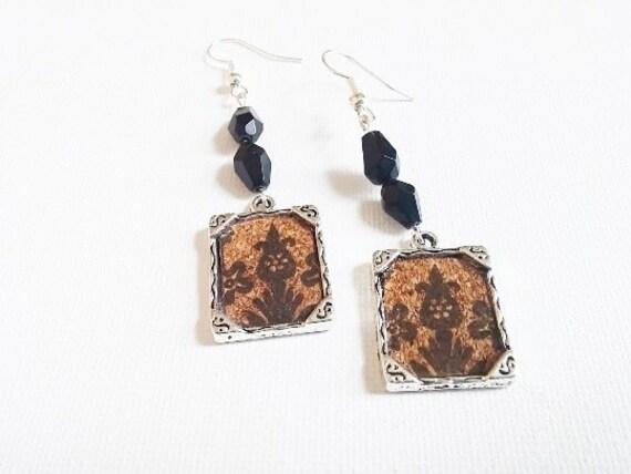 Cork Painted Frame Black Earrings
