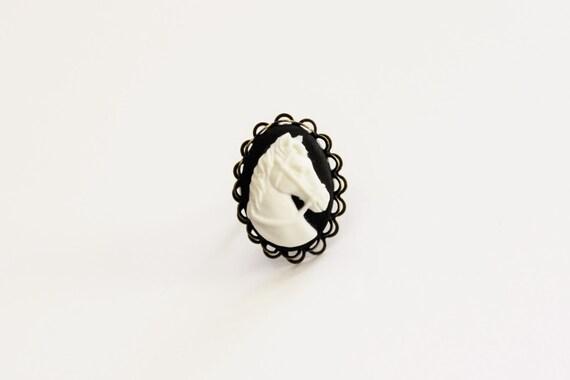 White Horse Black Cameo Ring