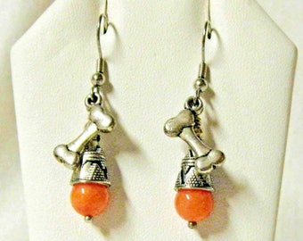 Dog bone earrings with peach jade - E3034-03