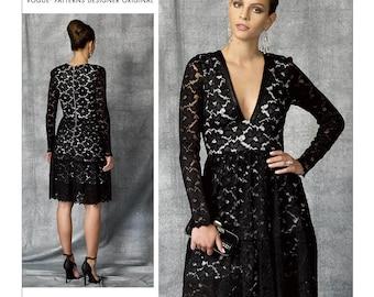 Vogue V1471 Misses' Deep-V Lace Dress by Nicola Finetti