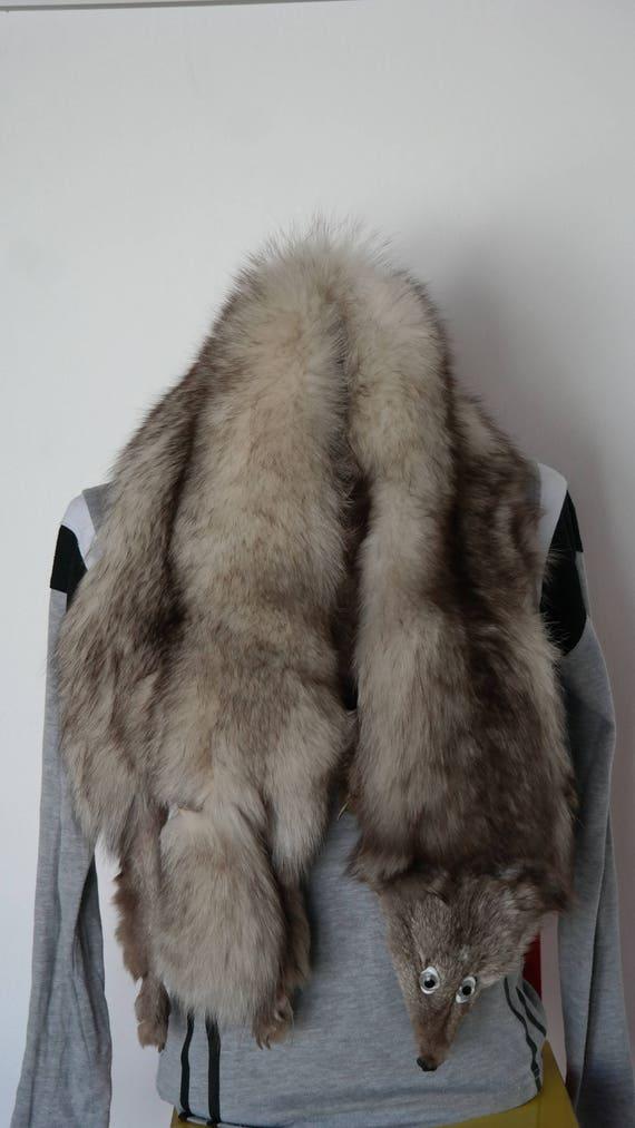 4b5fa63a3b6f Fourrure de renard Vintage étole de renard pelt complet du   Etsy