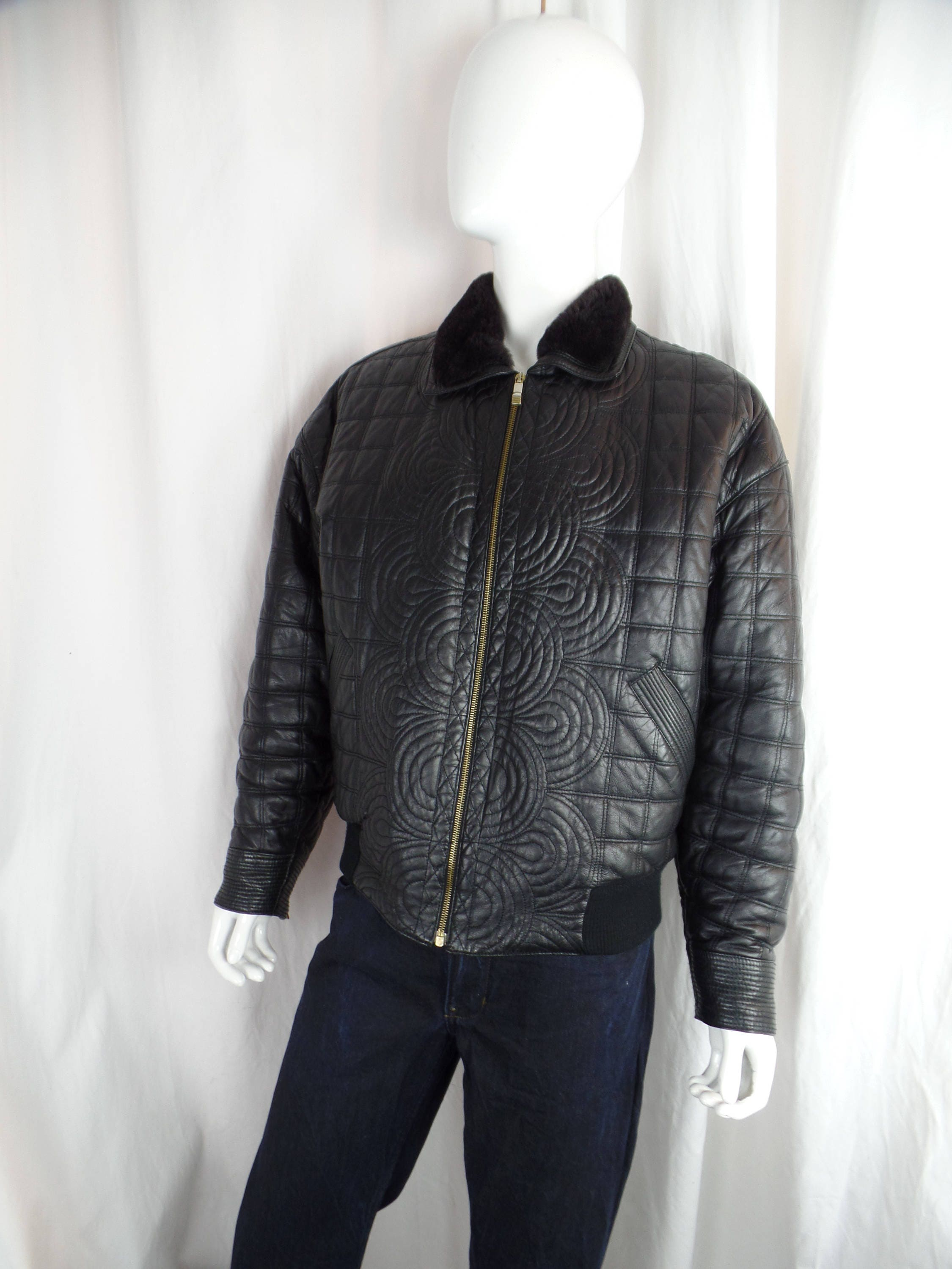 b781e85e 1994 rare GIANNI VERSACE VERSUS mens rococo quilted black leather jacket/  shearling collar/ bomber style: size IT54/US40 (medium/ large)