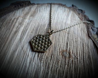 pendant *mini honeycomb* (with necklace)