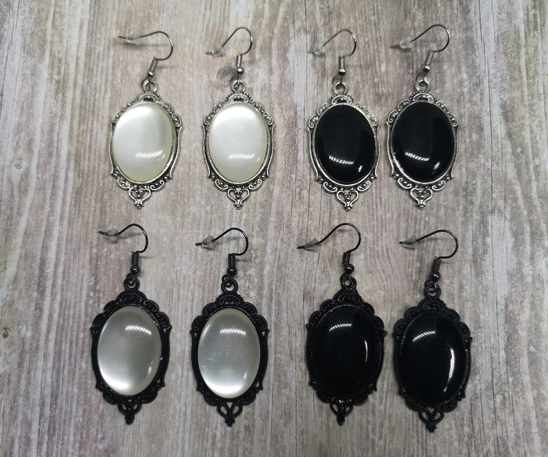 Classique Cabochon Earrings image 0