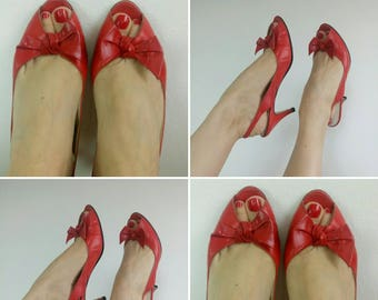 Vintage 1950s/60s sling back red leather shoes bow Marilyn by Sandler 9B