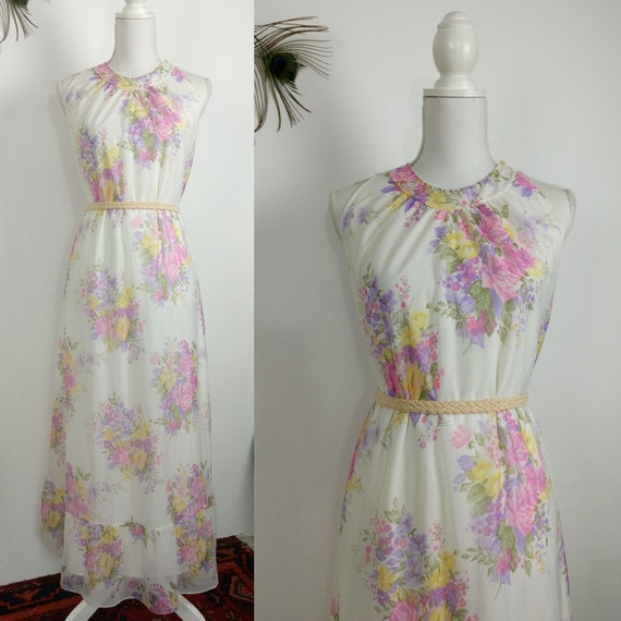 Vintage 60s/70s floral house dress/night gown