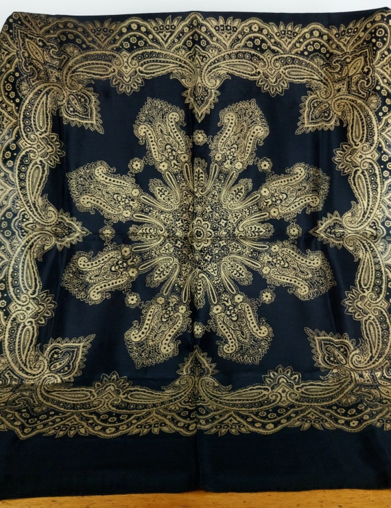 Vintage 30s/40s black and gold Barocco silk scarf - image 7