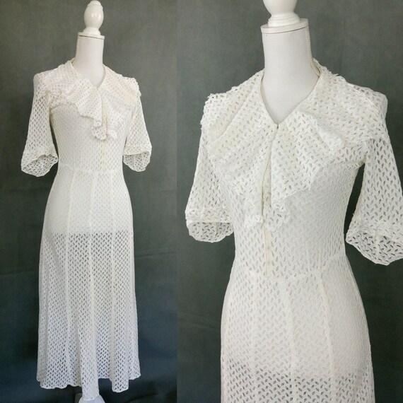 Vintage 30s white cotton lace dress/Art Deco dress