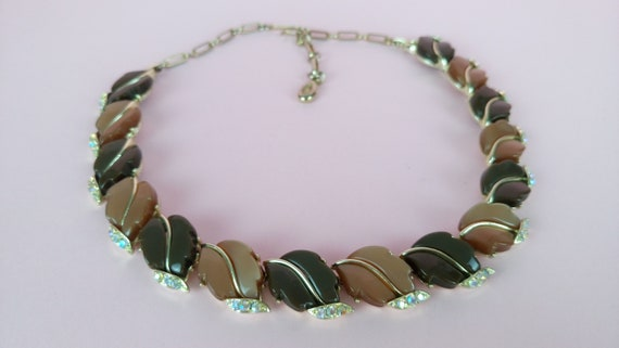 Vintage 50s thermoset necklace by Lisner/autumn le