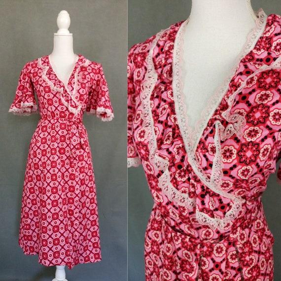 Vintage 70s does 30s wrap summer dress/ flutter sl