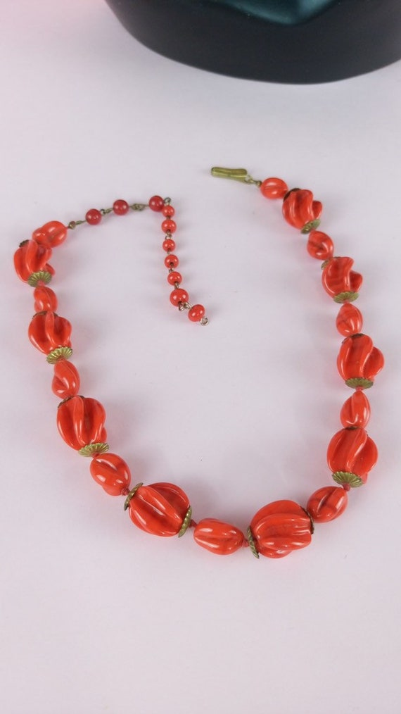 Vintage 1930s red glass necklace