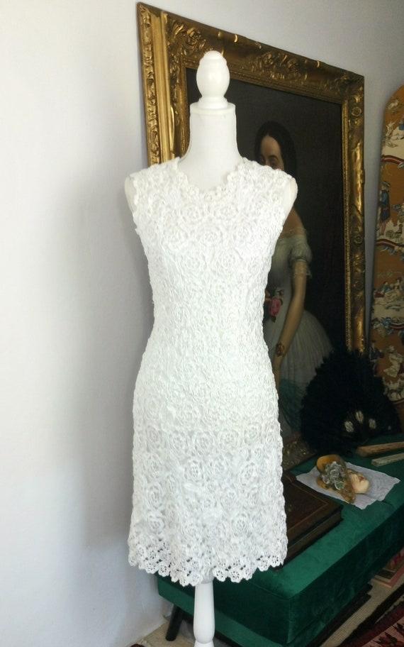 Vintage 1960s white crocheted raffia dress/size S/