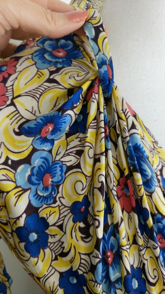 Vintage 1940s Floral Rayon Jersey Dress/size S - image 6