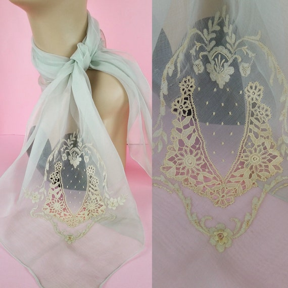 Vintage 1930s silk and floral lace scarf
