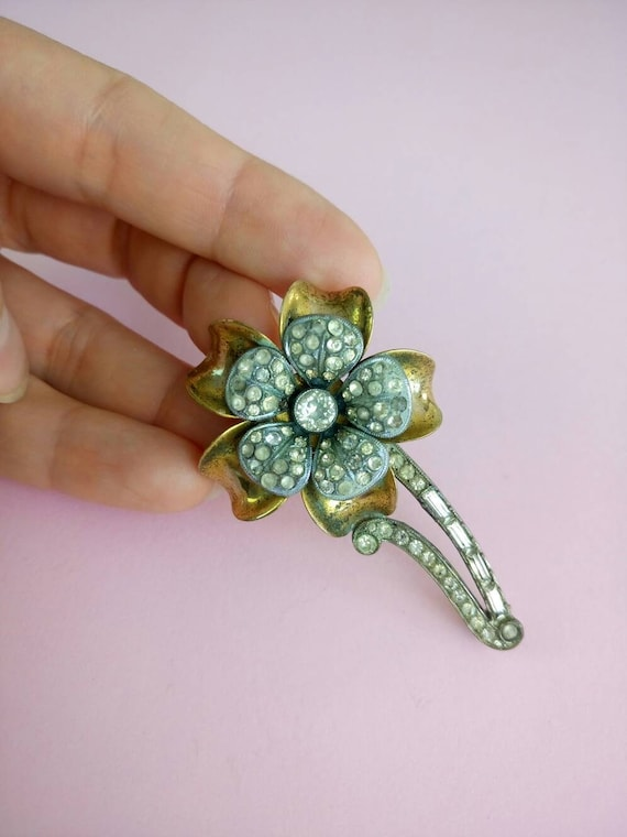 Vintage 1930s Gold and silver tone flower rhinesto