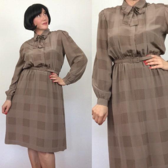 Vintage 70s silk shirt dress by Sportscraft /size