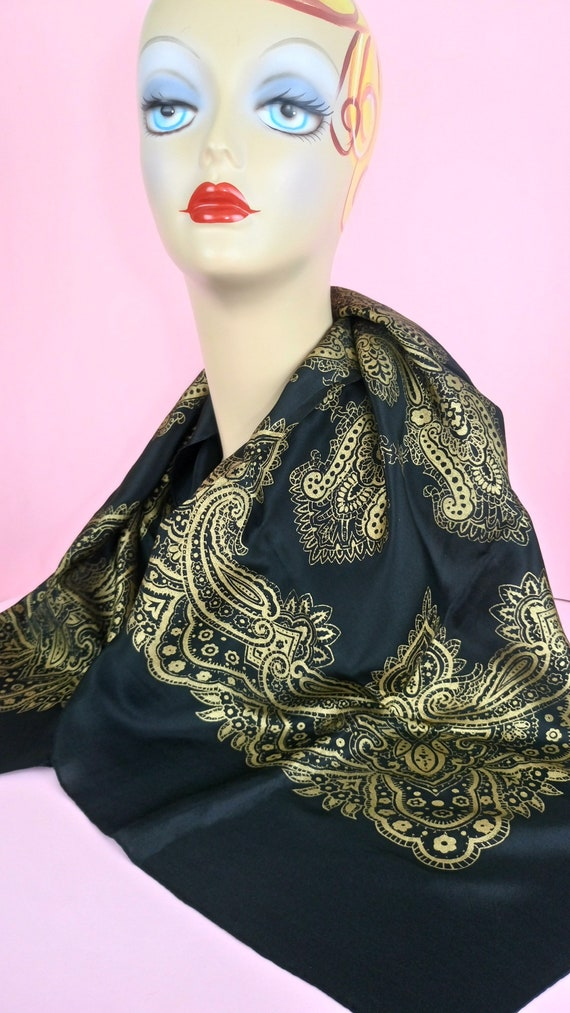 Vintage 30s/40s black and gold Barocco silk scarf - image 4