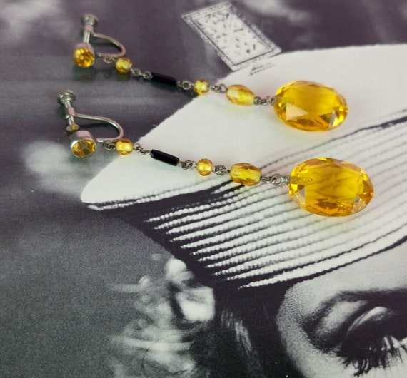 Vintage 1930s black and yellow flapper earrings/Cz