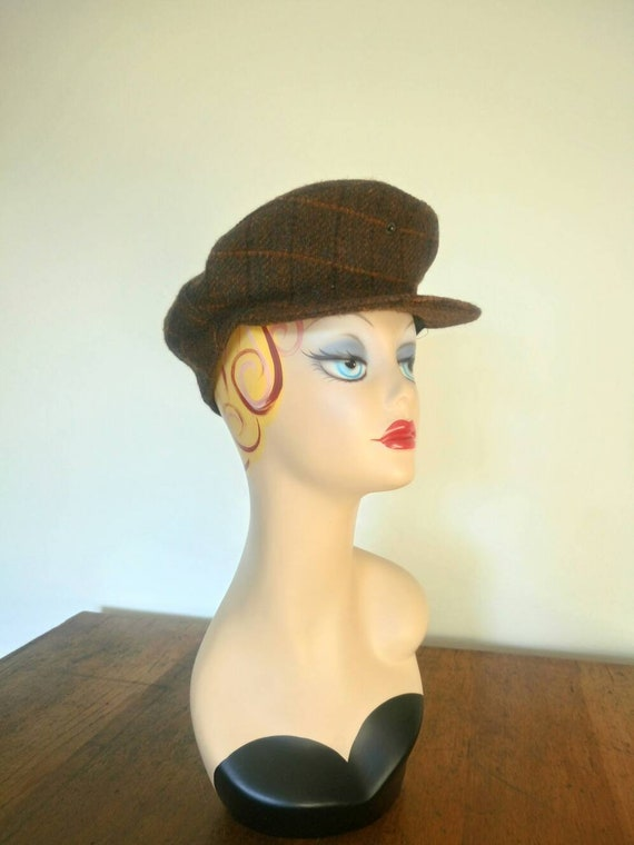 Vintage Irish wool Plaid Tweed beret cap