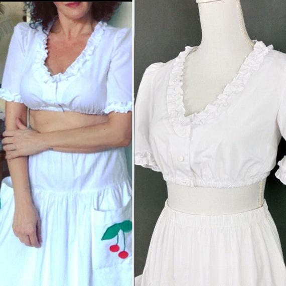 Vintage white cotton blend cropped blouse/bolero s