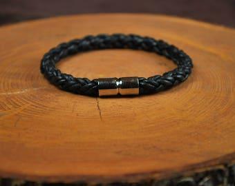 "Men's Leather Bracelet -- Fits 7-3/4"" Wrist"