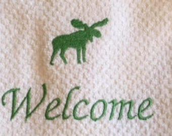 Green Welcome Embroidered Moose Hand Towel