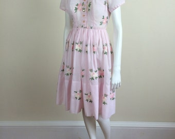 pale pink floral embroidered day shirtdress w/ full skirt 60s