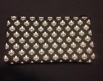 Fleur de Lis Pencil Case / Zipper Pouch #101