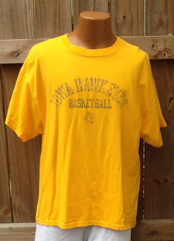 8cac678ffe4 Vintage X-Large Iowa Hawkeyes Basketball gold t-shirt. Soffe